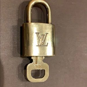 Louis Vuitton Lock 🔐 With Key 🔑 #304